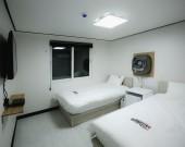트윈룸 2인실